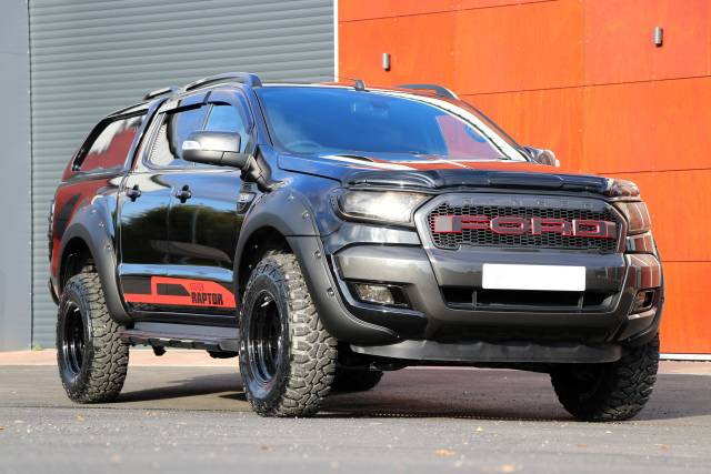 3.2 NO VAT Ford Ranger SEEKER Raptor Edition truck in black!