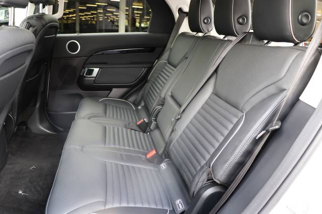 HSE Electric Folding Rear Seating for used Discovery 5 Commercial: Genuine Land Rover leather seats with Isofix, fitted.